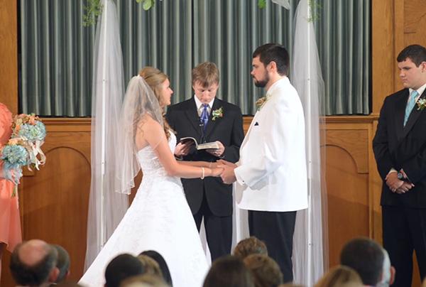 Fayetteville wedding at Center Street Church of Christ